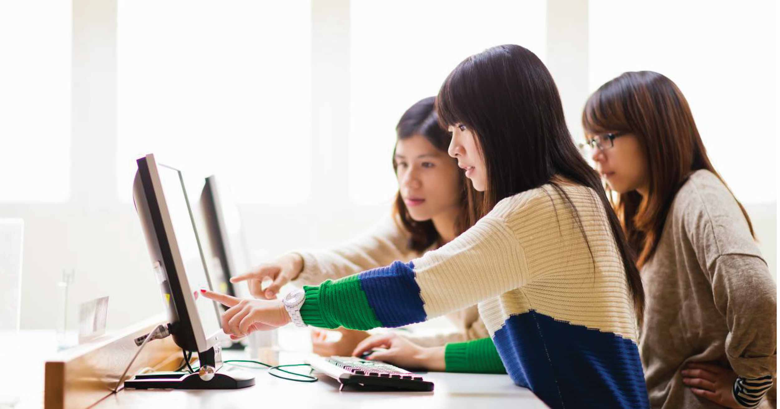 Remote proctoring - allowing invigilators to conduct online examinations securely and efficiently